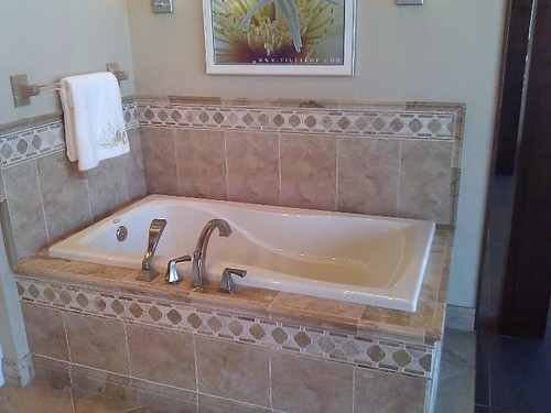 Ceramic tile and border accents