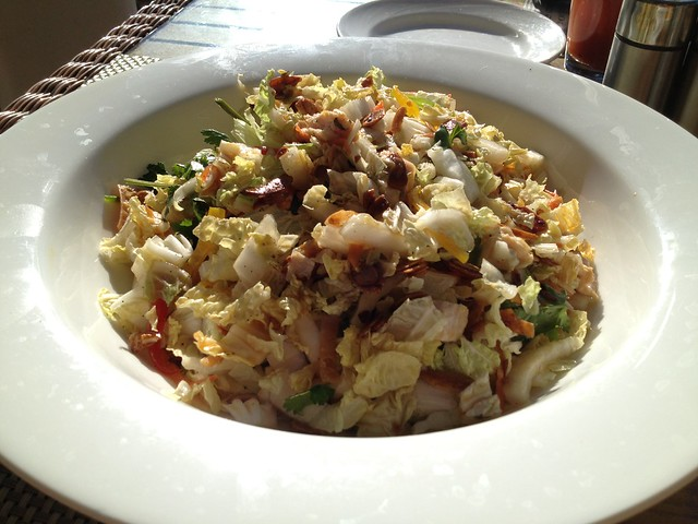 Asian chicken salad - Escena Lounge & Grill