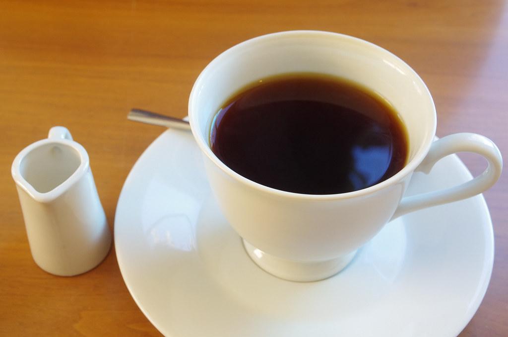 higamuko coffee shop
