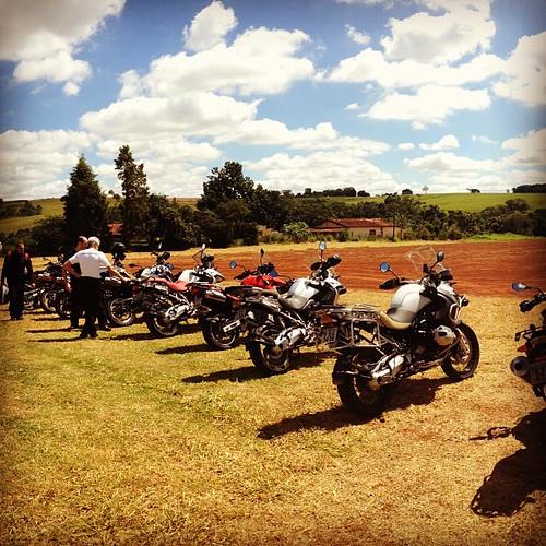 Dia propício para pegar uma terrinha no Centro de Treinamento #offroad #motoatacama