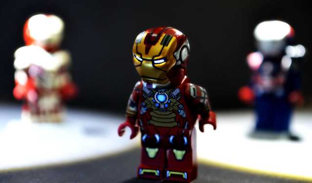 LEGO Iron Man 3 : Upgraded Heartbreaker Suit | Flickr ... Lego Iron Man 3 Suits