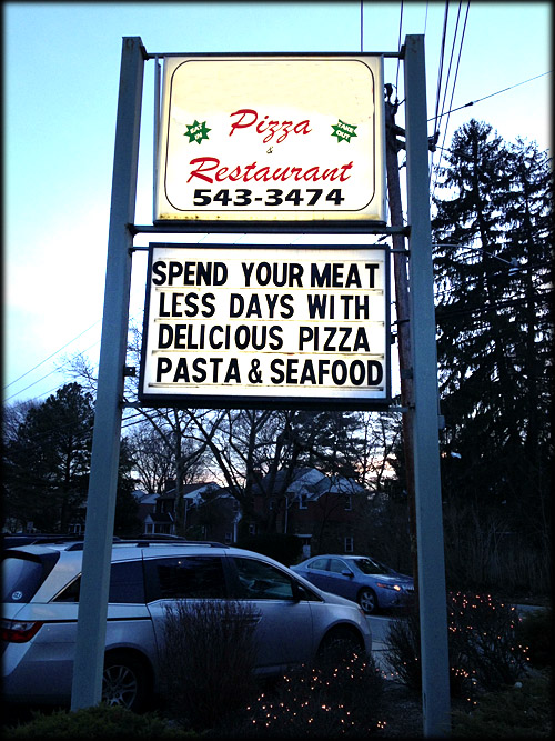 pizza-sign-iambossy