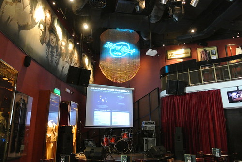 HARD ROCK CAFE-4