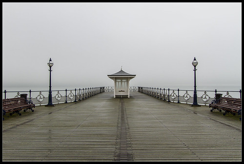 mist beach water fog sunrise landscape bay coast pier scenic dorset british swanage swanagepier mygearandme vigilantphotographersunite vpu2