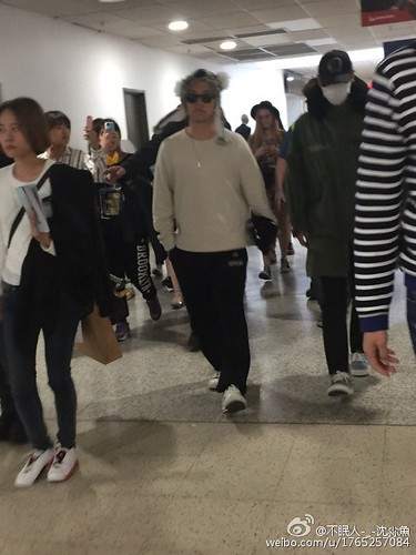 BIGBANG arrival Melbourne 2015-10-20 (30)