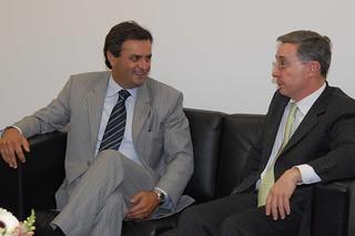 Aécio Neves e Álvaro Uribe - 23/03/2007