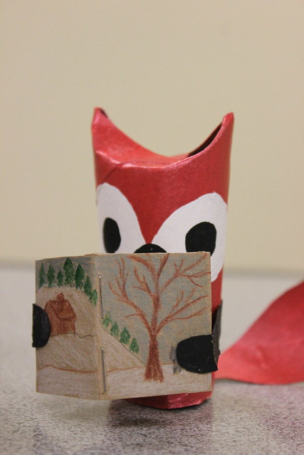 Paper Tube Foxes Reading 4
