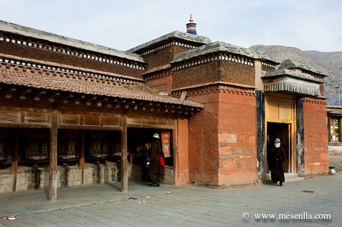 Tibetans a Labrang