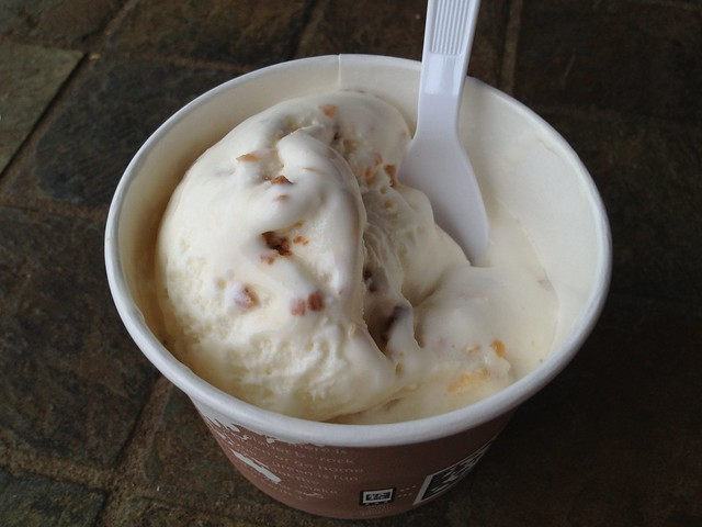 Toasted coconut ice cream - Waimea Coffee Company