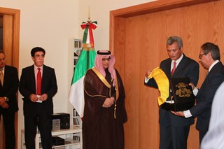 Embajador Ibrahim Al Benjabi recibe la Condecoración Mexicana de la Orden del Águila Azteca por su destacada labor académica, cultural y humanitaria