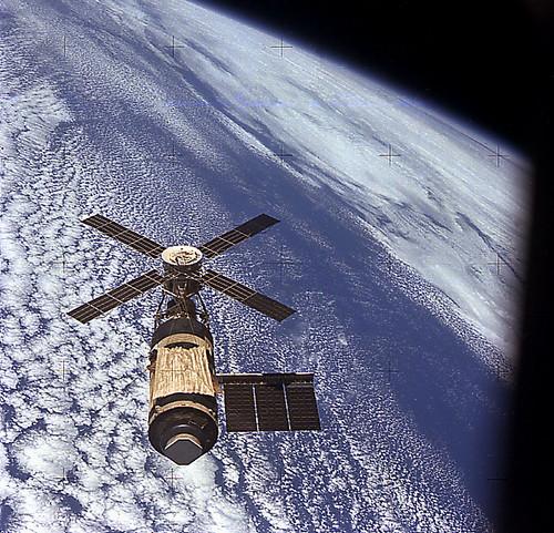 Skylab in Orbit (NASA Archive, 11/16/73)