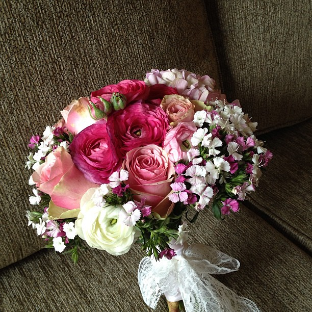 My bouquet  #jacksonlauren #wedding #flowers #goodtimes