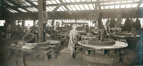 Wallsend Slipway: Photograph of the Iron Foundry Department (Machine moulding)