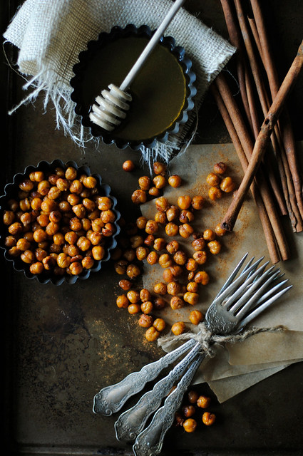 Cinnamon and Honey Roasted Chickpeas - How To: Simplify