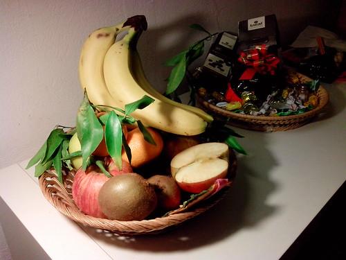 Più frutta e verdura e meno dolci by Ylbert Durishti