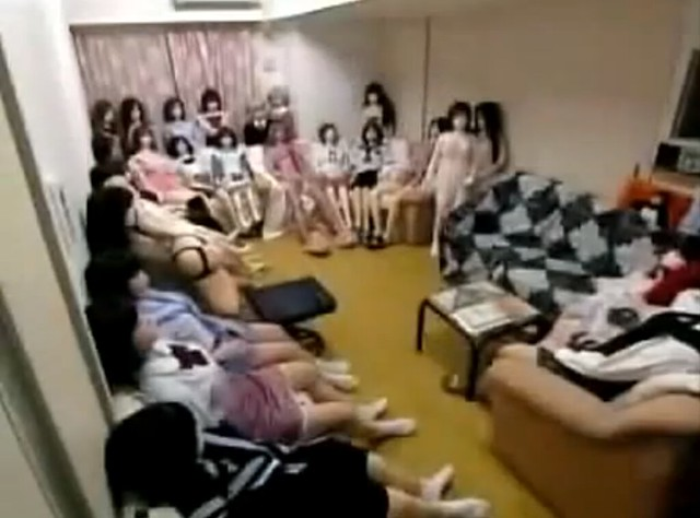 Creepy Guy Lives With 100 Sex Dolls - Japanese Sex Dolls