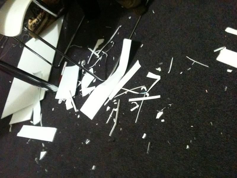 Papier découpé, hackathon