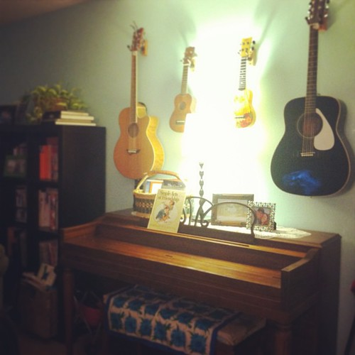 Finally hung our stringed instruments. I love it!! Inspired by @kristinrogers :)