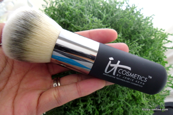 Heavenly Luxe Wand Ball Powder Brush #8 by IT Cosmetics #22