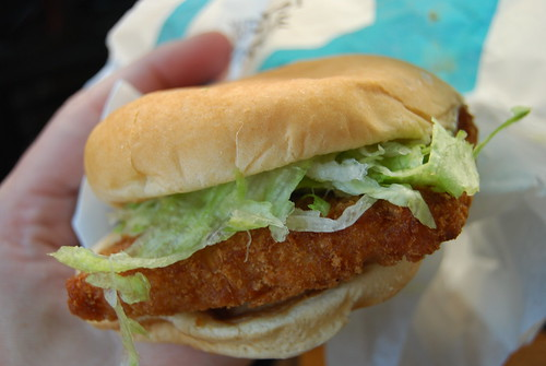 Friday s fast food fishtacular jack in the box new fish for Jack in the box fish sandwich