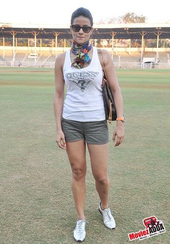 Gul Panag Gul Panag at flagging off the Spirit of CCI Triathlon