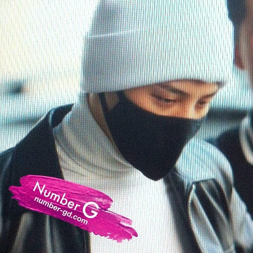 gdragon_airport_140411_002