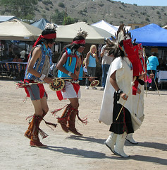 dancers at Kewa/Santo Domingo (by: Elizabeth Rose, stripedpot.com)