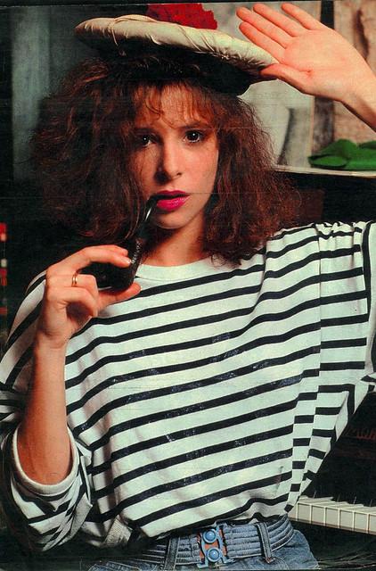 mylene-farmer_presse_ok_05-11-1984