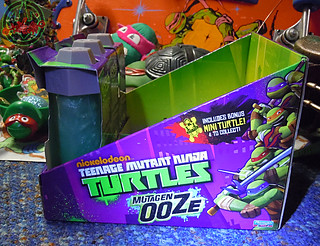 Nickelodeon  TEENAGE MUTANT NINJA TURTLES :: MUTAGEN OOZE iv / .. shelf display case  (( 2013 ))