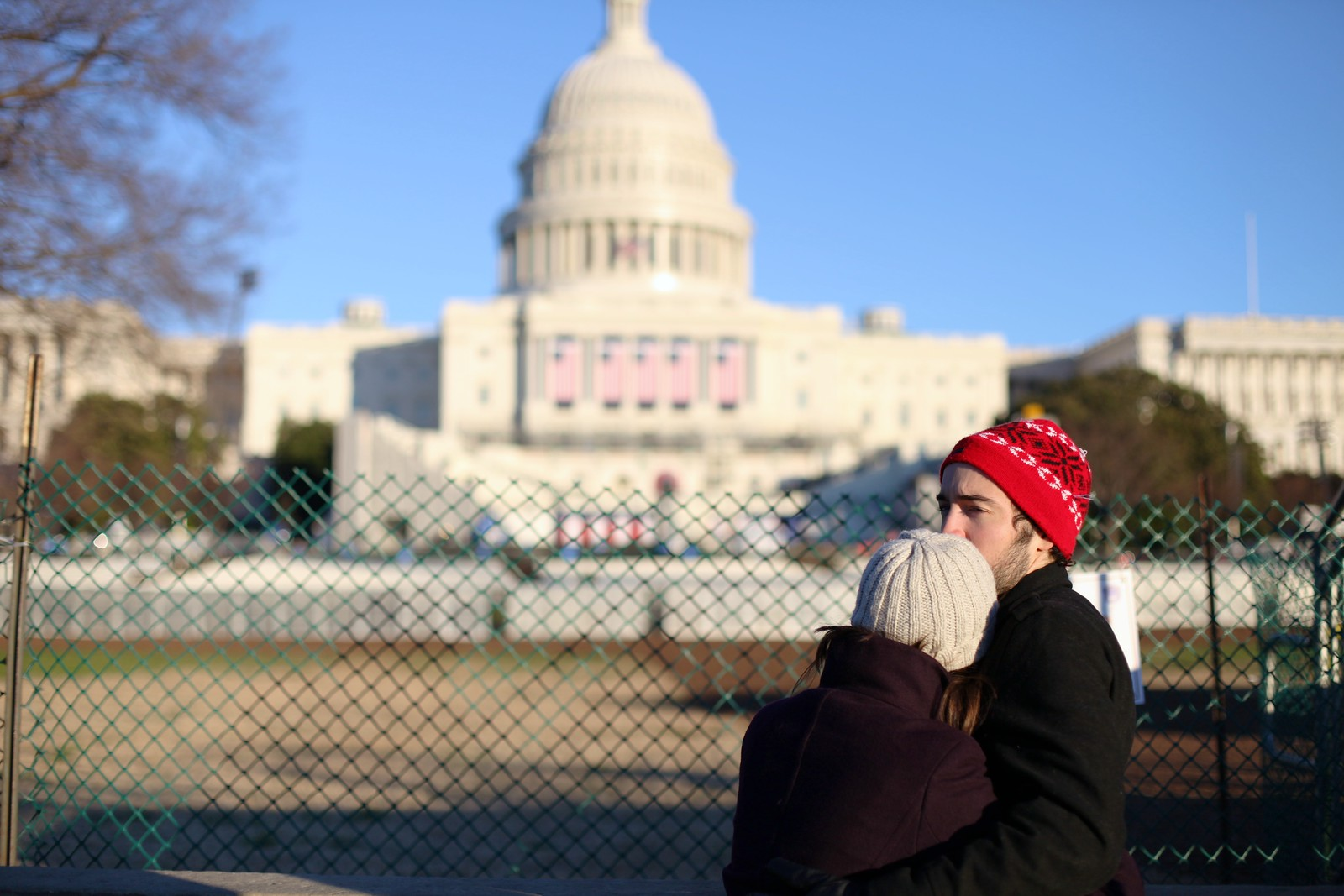 Capitol; Couple by wwward0