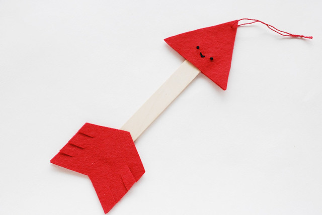 Felt Arrow Hanging Valentine