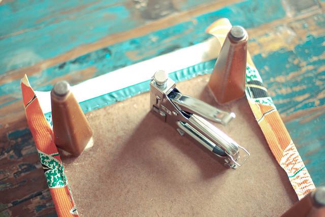 DIY tapisser un tabouret