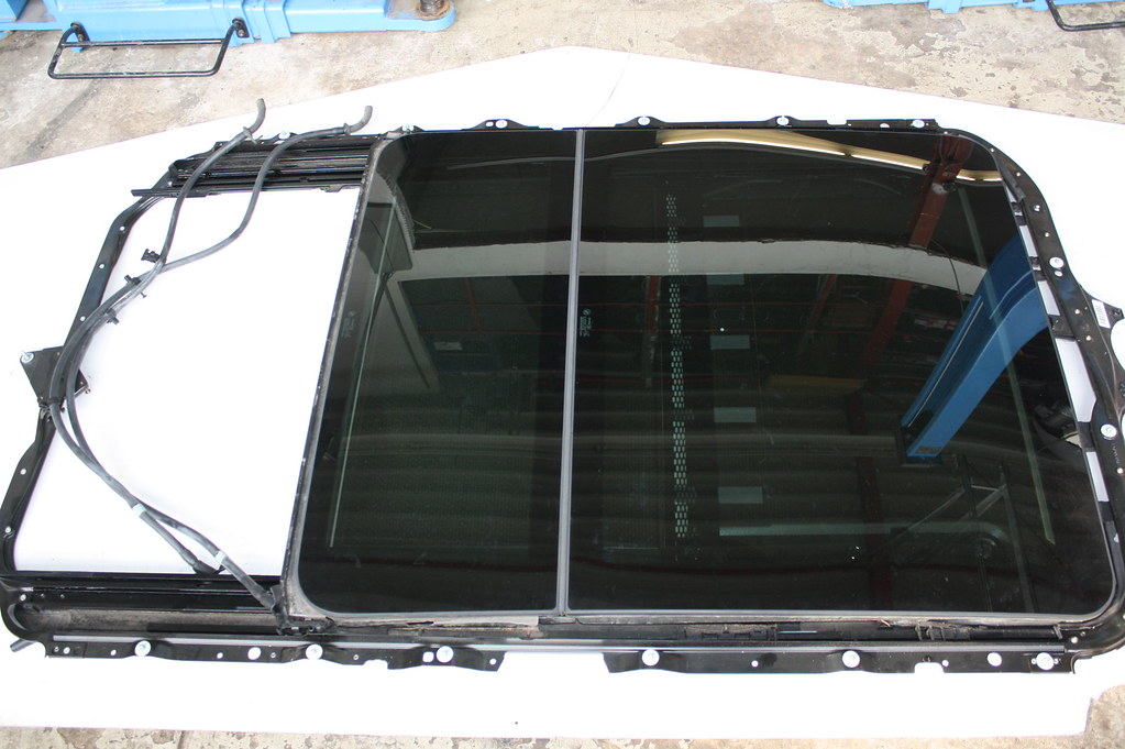 panoramadach komplett glas elektrisch grau 5410 7198974 7184899 bmw 5 39 e61 e61lci. Black Bedroom Furniture Sets. Home Design Ideas