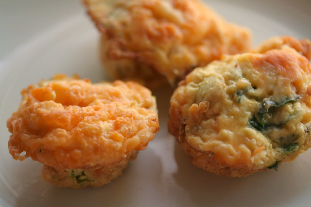Egg, ham, & spinach muffins {mini-quiches}