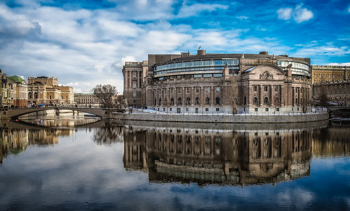 city winter lake water architecture mirror cityscape stockholm fujifilmxe1