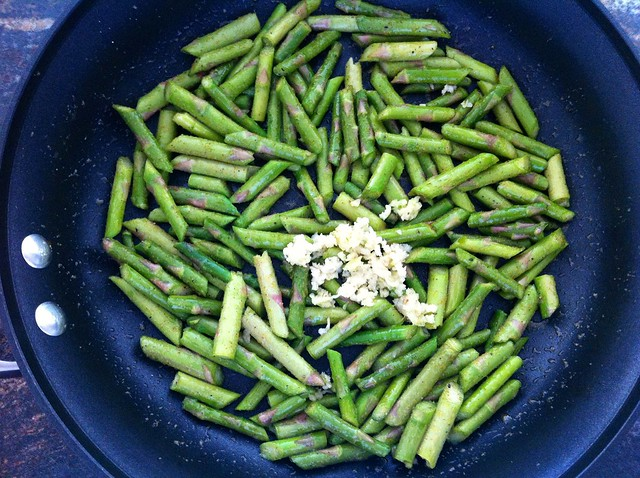 Garlic Added to Asparagus