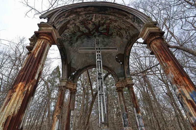 Hell House Altar