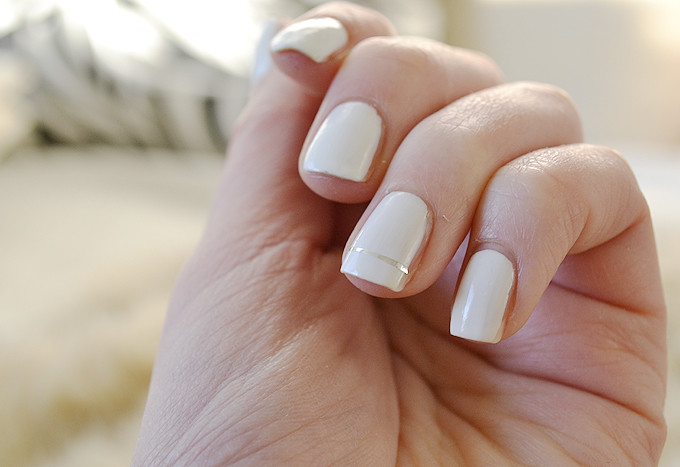whitenailsstripe