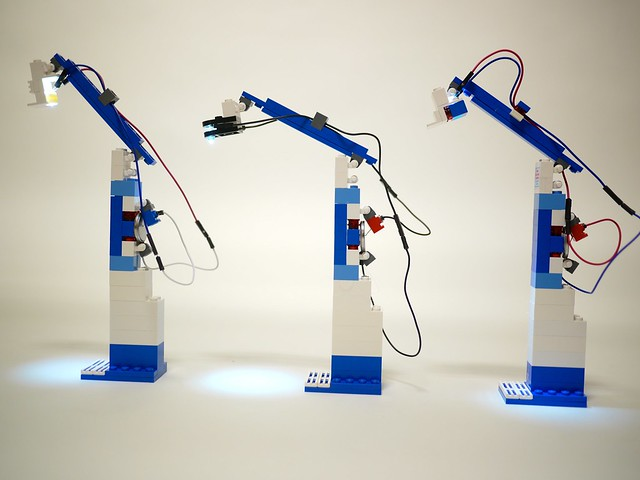 Simple LEGO Lamp/ Business card holders