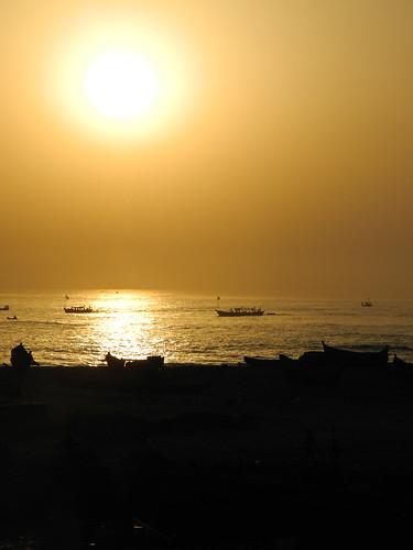 sunrise fishing ghana westafrica capecoast elmina gulfofguinea