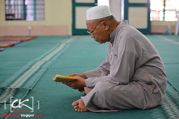 Masjid_Bandar_Kuching_08