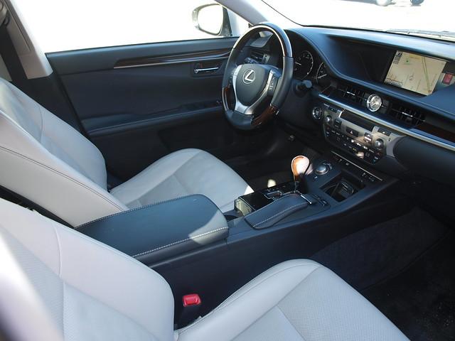 2013 Lexus ES 350 12