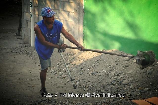 Minusvalido trabaja en Barahona