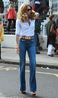 Elle Macpherson Flared Jeans Celebrity Style Women's Fashion