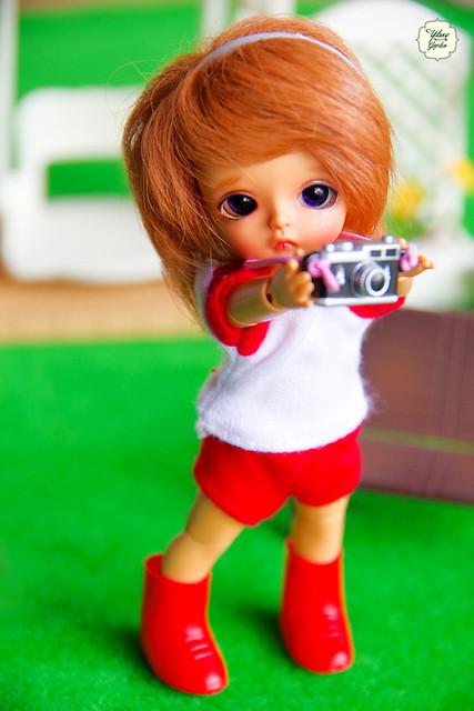 Take photos ^^