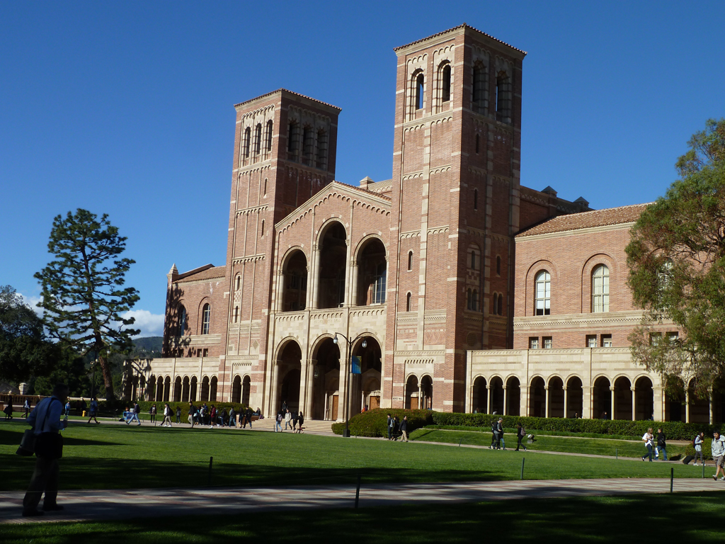 ucla_main_hall