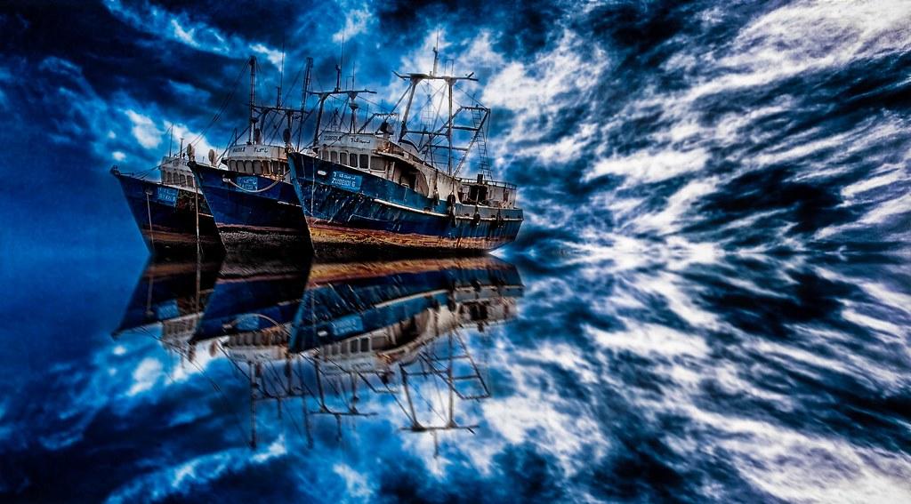 幻想的な船画像