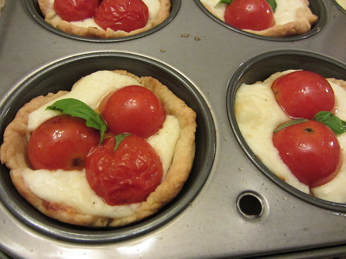 tomato and cheese tartlets
