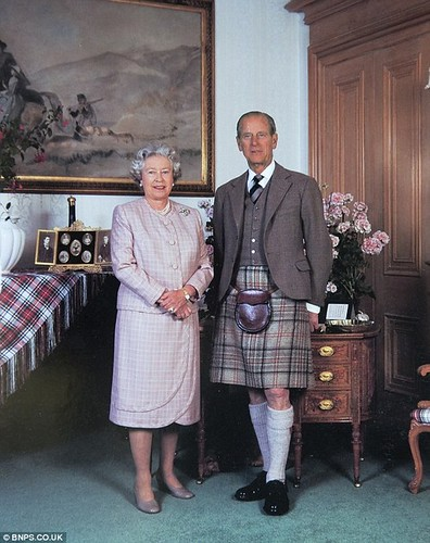 2012 queen elizabeth ii #Elizabeth II #Duke of Edinburgh #prince philip #people will say we're a queue