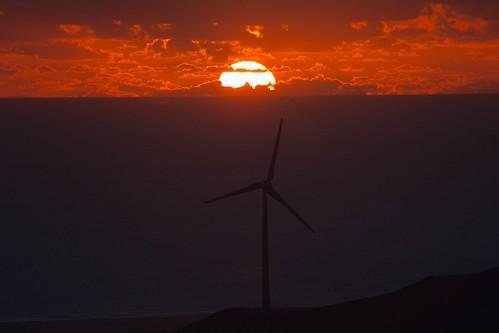sunset sun windmill atardecer windturbine tarifa aerogenerator eolica aerogenerador